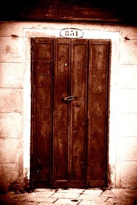 Puerta 06